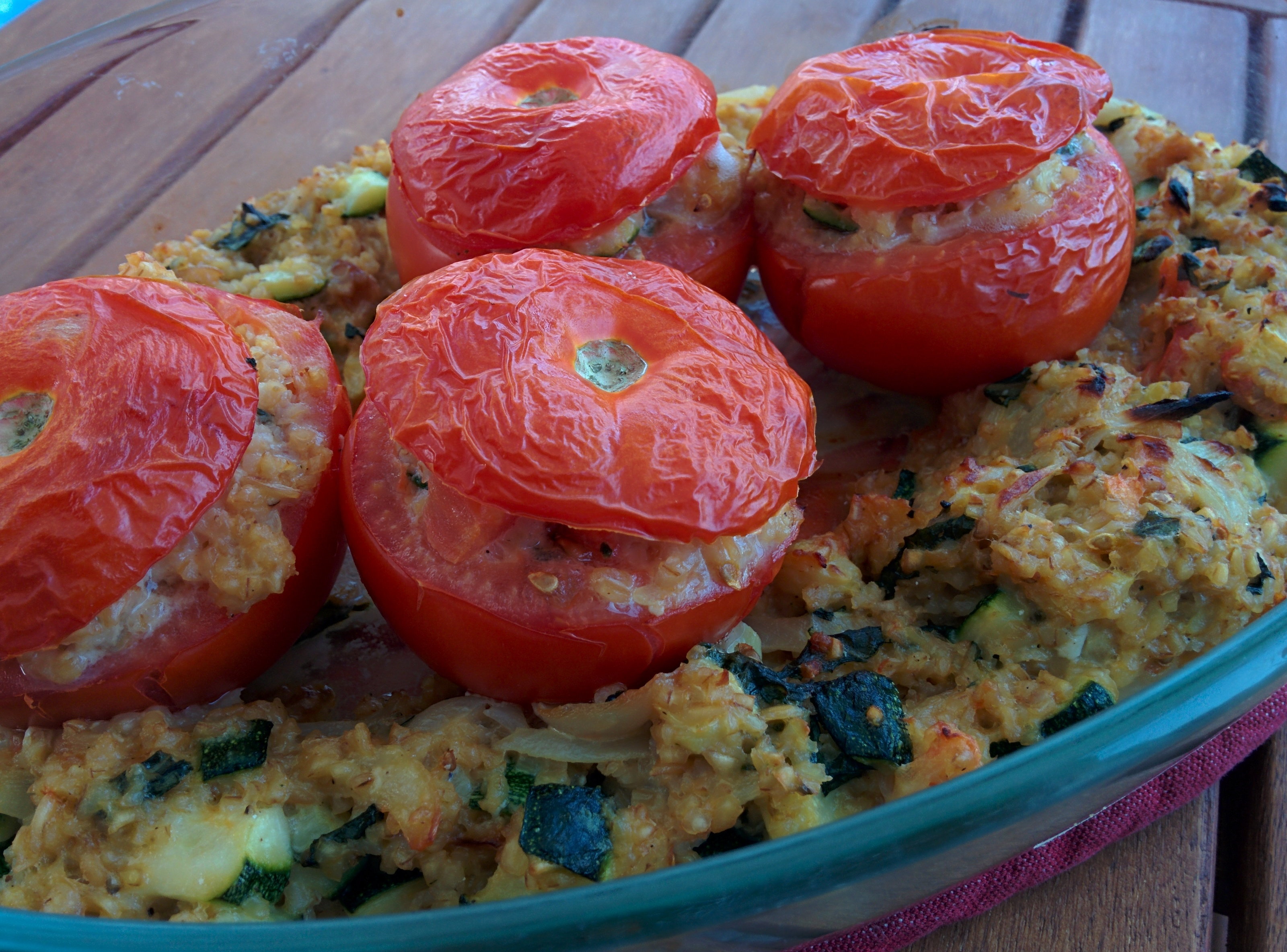 tomates-farcies-legumes-parmesan-basilic